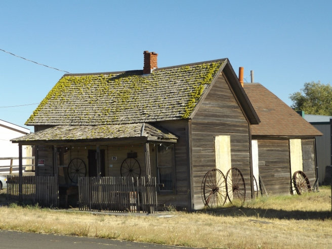 Shaniko-old house