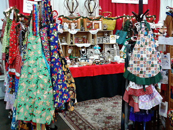 americas-largest-christmas-bazaar-aprons