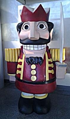 nutcracker-figurine-11-29-14-cropped