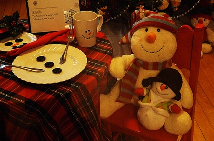 snowman-at-table