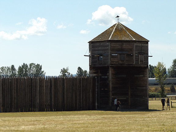 Fort-Vancouver-stockade
