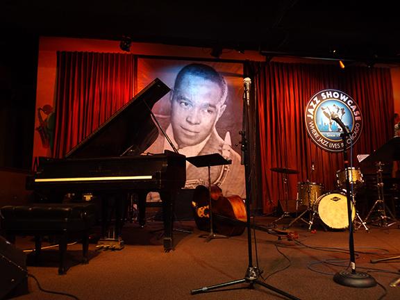 stage-at-Jazz-Showcase-Chicago
