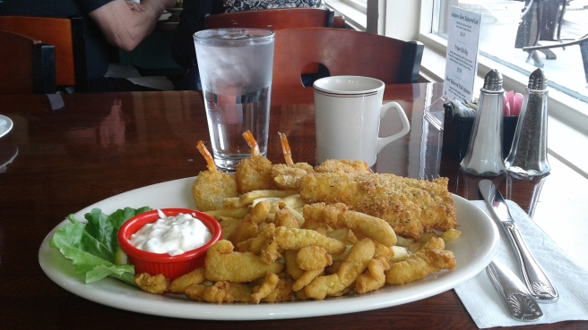 seafood-platter-Waterfront-Cafe-La-Conner-Washington