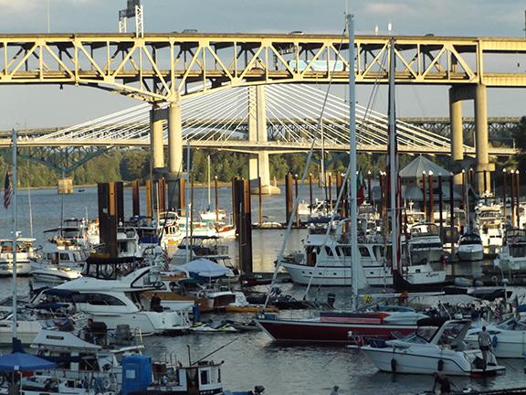 boats-Willamette-River-Waterfront-Blues-Festival