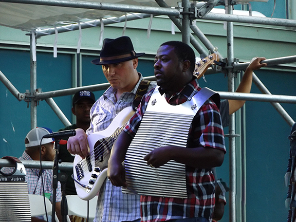 Chubby-Carrier-Bayou-Swamp-Band-Waterfront-Blues-Festival2