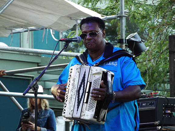 Chubby-Carrier-Bayou-Swamp-Band-Waterfront-Blues-Festival3