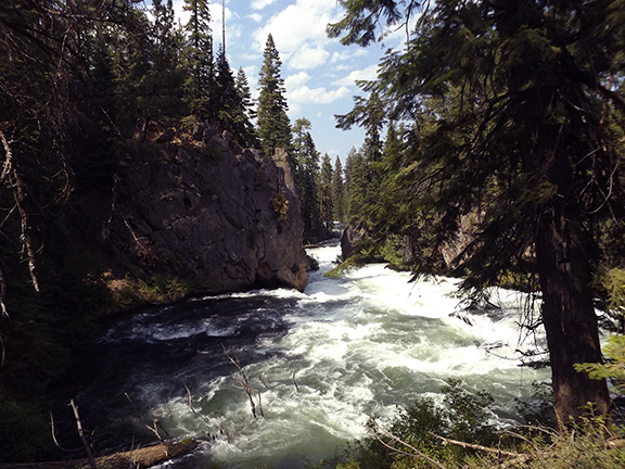 Deschutes-River-Trail-2.1-Benham-Falls3