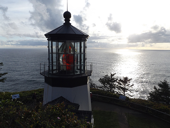 Cape-Meares-Lighthouse-and-Scenic-Viewpoint2