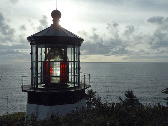 Cape-Meares-Lighthouse-and-Scenic-Viewpoint3