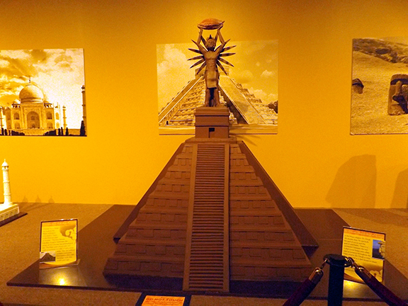 Chocolate-Museum-and-Cafe-Orlando-pyramid-sculpture