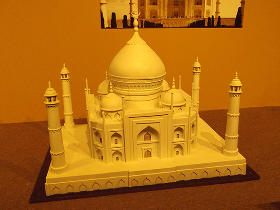Chocolate-Museum-and-Cafe-Orlando-Taj-Mahal-sculpture