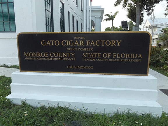EH-Gato-Cigar-Factory-sign-Key-West