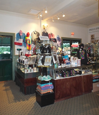 gift-shop-Ogunquit-Playhouse-Maine