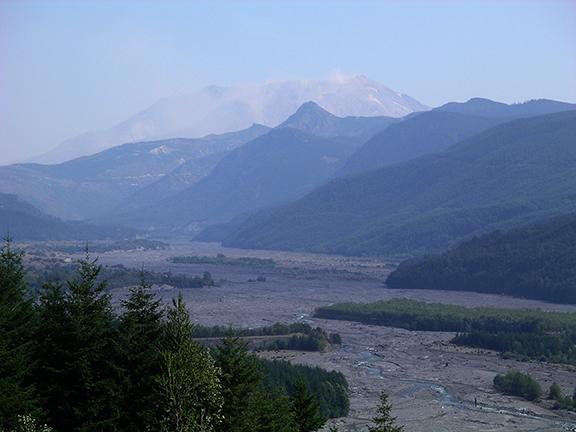 Mount-Saint-Helens-in-2006-9