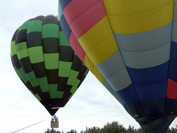 Tigard-Festival-of-Balloons-inflation10