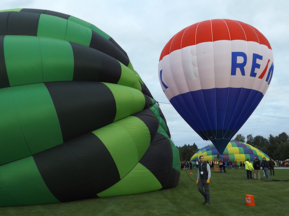 Tigard-Festival-of-Balloons-inflation7