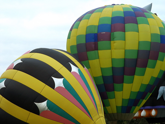 Tigard-Festival-of-Balloons-inflation9