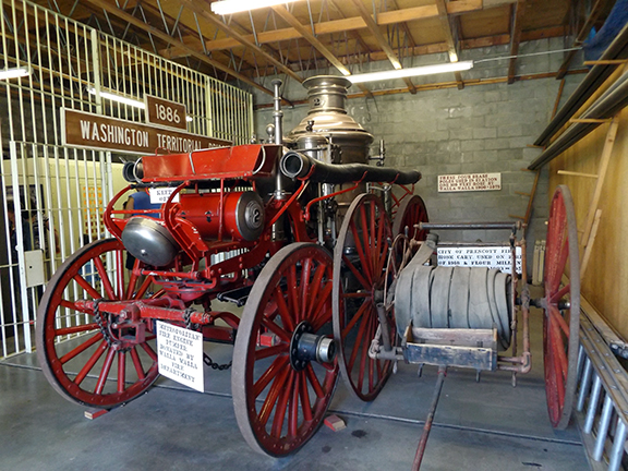 Fort-Walla-Walla-Museum-Metropolitan-Fire-Engine-Pumper