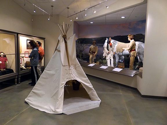 Fort-Walla-Walla-Museum-teepee