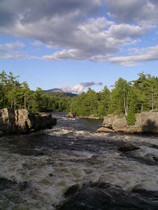 Penobscot-River-and-Mount-Kathadin-near-Millinocket-Maine