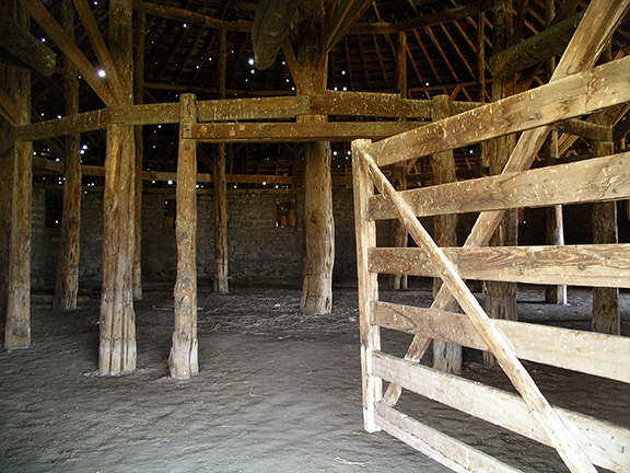 Pete-French-Round-Barn-State-Heritage-Site-Oregon4