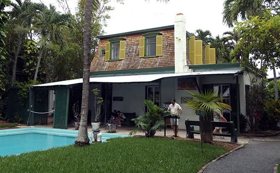 pool-Ernest-Hemingway-House-Museum-Key-West