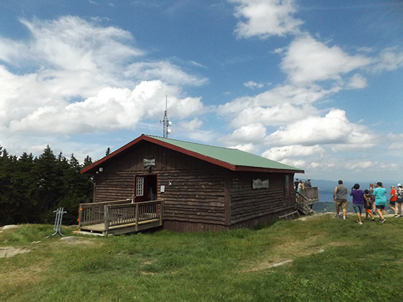Soulfest-Panorama-Pub-Gunstock-Mountain