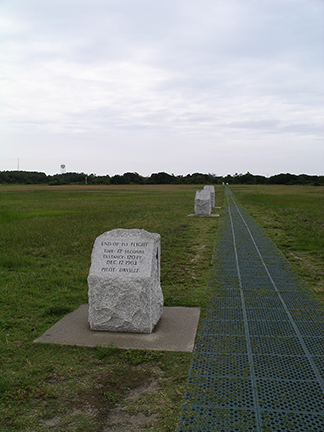 Wright-Brothers-National-Memorial11