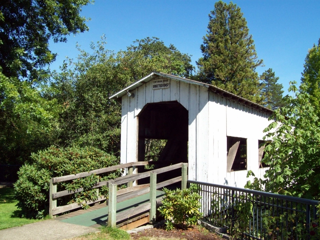 Centennial-Covered-Bridge-Cottage-Grove