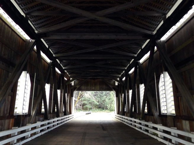 Dorena-Covered-Bridge-near-Cottage-Grove2