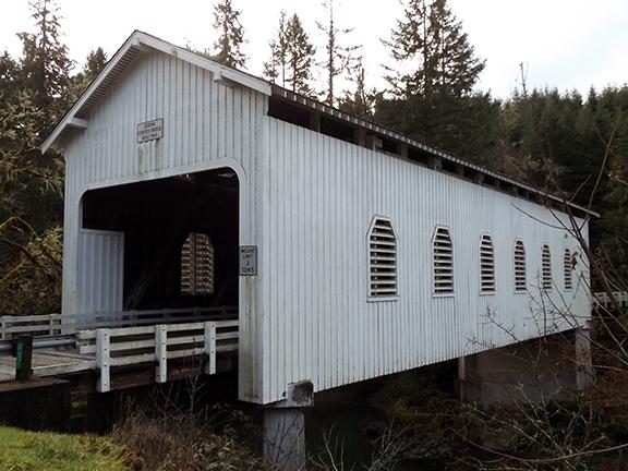 Dorena-Covered-Bridge-near-Cottage-Grove3