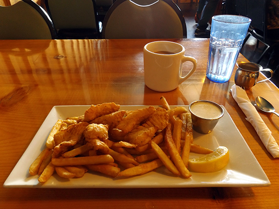 Gold-Rush-Bistro-Seward-Alaska-fish-and-chips