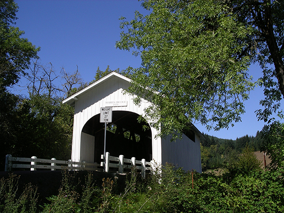 Harris-Covered-Bridge-near-Wren-Oregon2