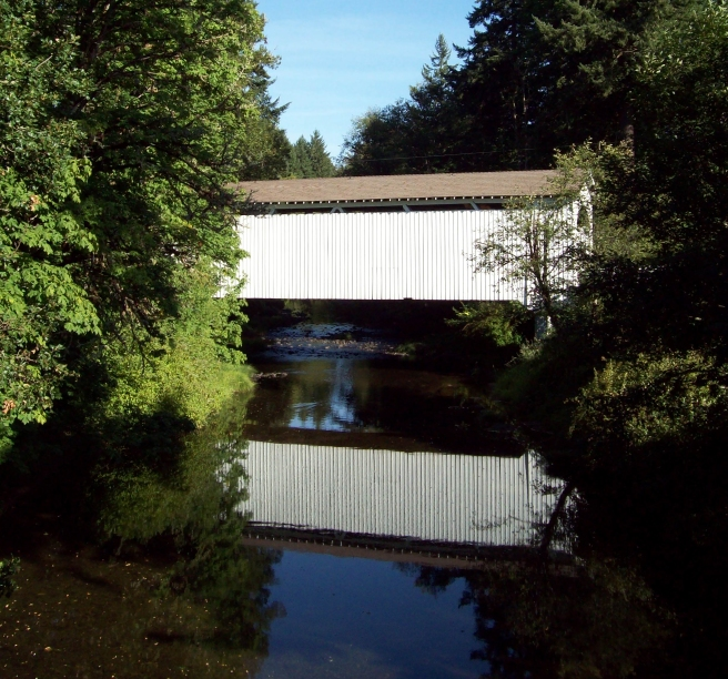 Mosby-Creek-Covered-Bridge-near-Cottage-Grove2
