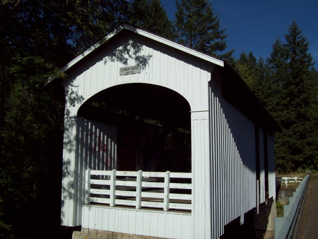 Stewart-Covered-Bridge-near-Cottage-Grove