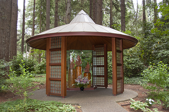 Dambana-Shrine-upper-garden-The-Grotto-Portland